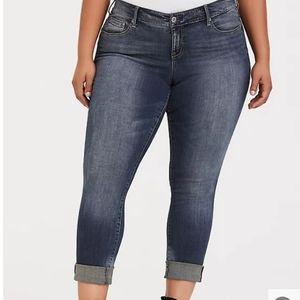 Torrid Premium Stretch Boyfriend Jeans 26R